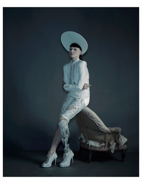 Viktoria Modesta wearing the Crystal Leg. Photo by Nadav Kander. Source: The Alternative Limb Project.